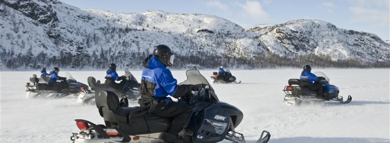 Motoneige en Norvège
